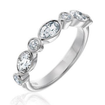 Gumuchian 18k White Gold Diamond Stackable Ring