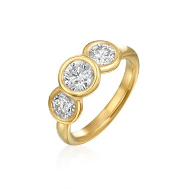 Gumuchian 18k Yellow Gold Women's 3 Stone Diamond Engagement Ring